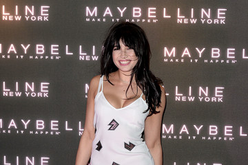 Daisy Lowe Maybelline Bring on the Night Party