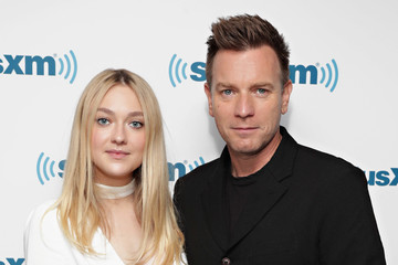 Dakota Fanning Ewan McGregor SiriusXM's Town Hall With the Cast of 'American Pastoral'; Town Hall to Air on SiriusXM's Entertainment Weekly Radio