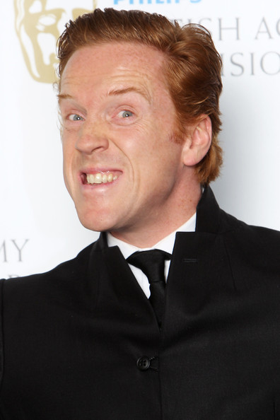 damian lewis singing