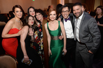 Dan Bucatinsky Katie Lowes 16th Costume Designers Guild Awards With Presenting Sponsor Lacoste - Backstage And Audience