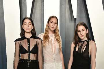 Danielle Haim 2020 Vanity Fair Oscar Party - Look Book