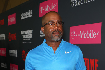 Darius Rucker SHOWTIME, WME|IMG, and MAYWEATHER PROMOTIONS VIP Pre-Fight Party Arrivals on the T-Mobile Magenta Carpet for Mayweather VS McGregor