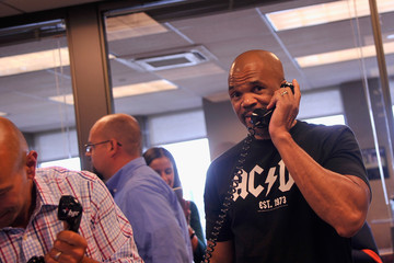 """Darryl """"DMC"""" McDaniels Annual Charity Day Hosted By Cantor Fitzgerald and BGC - BGC Office - Inside"""