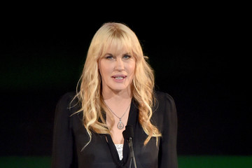 Daryl Hannah 24th Annual Environmental Media Awards Presented By Toyota And Lexus - Inside