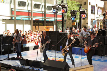 "Joey Barnes Daughtry Performs On NBC's ""Today"""