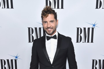 David Bisbal Broadcast Music, Inc (BMI) Honors Barry Manilow at the 65th Annual BMI Pop Awards - Red Carpet