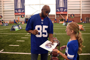 David Tyree Nickelodeon Partners with the New York Giants for Kids' Choice Sports 2015 'Triple Shot Challenge,'