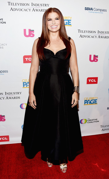 The Creative Coalition's 2018 Television Industry Advocacy Awards - Arrivals [clothing,dress,carpet,red carpet,cocktail dress,little black dress,hairstyle,fashion,flooring,fashion model,arrivals,debra messing,sofitel los angeles,california,beverly hills,creative coalition,television industry advocacy awards]