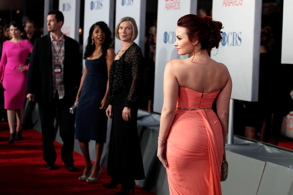 Demi Lovato - 2012 People's Choice Awards - Red Carpet