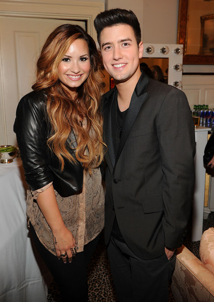is demi lovato dating cody linely