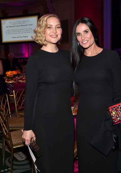 The Women's Cancer Research Fund's An Unforgettable Evening Benefit Gala - Cocktails
