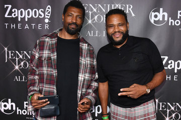 "Deon Cole ""JENNIFER LOPEZ: All I HAVE"" Finale At Zappos Theater At Planet Hollywood Resort & Casino"