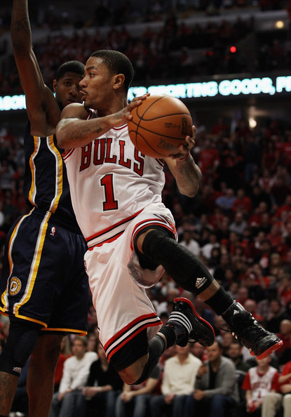 bf614c1d0b8 Derrick Rose and Paul George Photos Photos - Indiana Pacers v ...