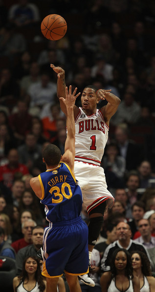 892b8926b5d7 Derrick Rose and Stephen Curry Photos»Photostream · Pictures · Golden State  Warriors v Chicago Bulls