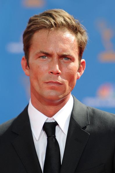 Desmond Harrington Net Worth