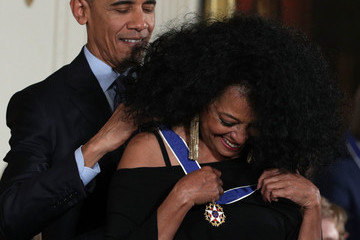 Diana Ross Obama Honors 21 Americans With Presidential Medal of Freedom