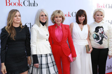 Diane Keaton Paramount Pictures' Premiere Of 'Book Club' - Red Carpet