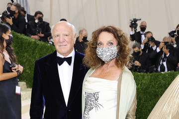 Diane Von Furstenberg Barry Diller The 2021 Met Gala Celebrating In America: A Lexicon Of Fashion - Arrivals