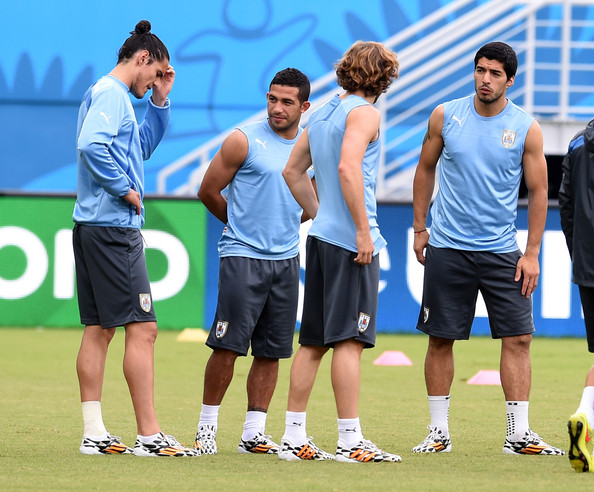 Uruguay Training Session [sports,player,team sport,training,sport venue,ball game,sports training,team,championship,service,luis suarez,diego forlan,walter gargano,edinson cavani,l-r,natal,uruguay,uruguay training press conference,2014 fifa world cup,training session]