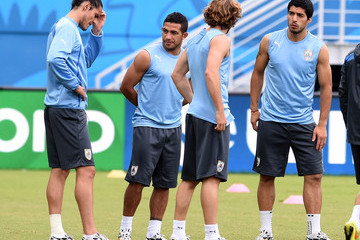 Diego Forlan Uruguay Training Session
