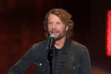 Dierks Bentley Entertainment  Pictures of the Month - October 2020