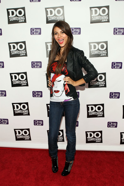Victoria Justice Actress Victoria Justice arrives for the DoSomething.org Celebrates The Power Of Youth party at Madame Tussauds Wax Museum on August 8, 2009 in Hollywood, California.