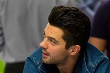 Dominic Cooper iPhone 6 and iPhone 6 Plus Launch