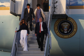 Donald Trump Shinzo Abe Trump Arrives in West Palm Beach With Japanese Prime Minister Shinzo Abe for Weekend at Mar-a-Lago