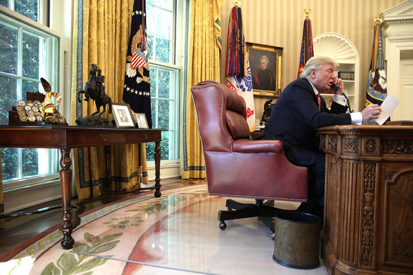 Trump Calls Prime Minister Of Ireland From Oval Office