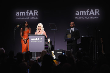 Donatella Versace 19th Annual amfAR New York Gala - Show
