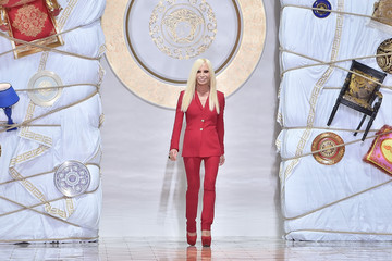 Donatella Versace Versace - Runway - Milan Fashion Week Menswear Spring/Summer 2015