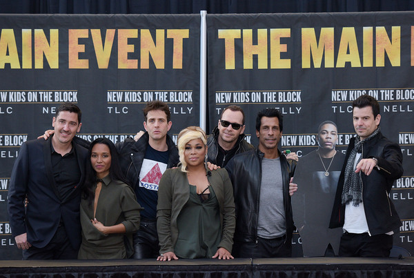 New Kids on the Block Press Conference [new kids on the block press conference,event,font,team,premiere,metal,performance,jonathan knight,jordan knight,t-boz,danny wood,donnie wahlberg,joey mcintyre,l-r,madison square garden,chilli]