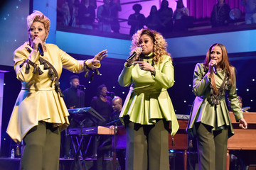 Dorinda Clark Cole Super Bowl Gospel Celebration 2018 - Show