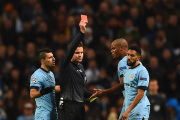 Dr. Felix Brych Manchester City v Barcelona - UEFA Champions League Round of 16