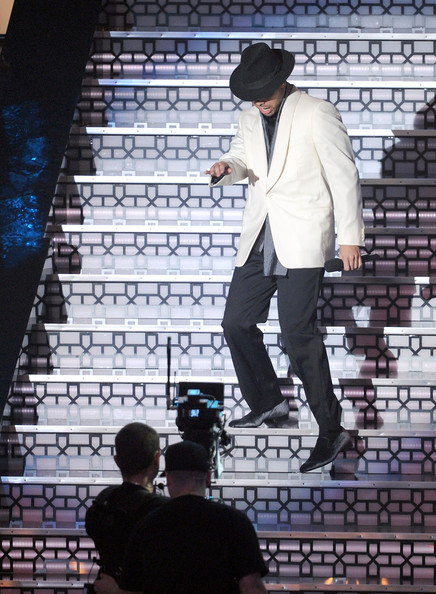 Drake Rapper Drake performs onstage during the 2010 MTV Video Music Awards at NOKIA Theatre L.A. LIVE on September 12, 2010 in Los Angeles, California.