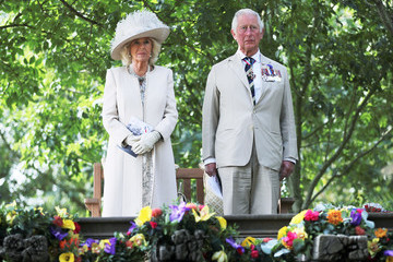 Duchess of Cornwal Boris Johnson Lays A Wreath To Commemorate The 75th Anniversary Of VJ Day