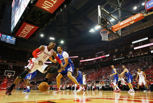 Los Angeles Clippers v Houston Rockets - Game One [photograph,basketball,basketball moves,sports,basketball player,basketball court,team sport,ball game,sport venue,player,game one,hedo turkoglu,user,note,basket,houston,los angeles clippers,houston rockets,semifinals]