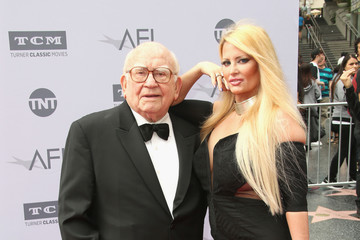 Ed Asner American Film Institute's 44th Life Achievement Award Gala Tribute to John Williams - Arrivals