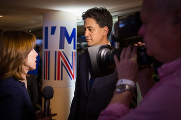 Ed Miliband Stronger In Campaign Gather Together To Wait For The EU Referendum Result