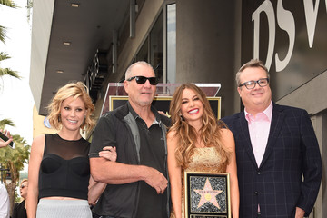 Ed O'Neill Sofia Vergara Honored on the Hollywood Walk of Fame