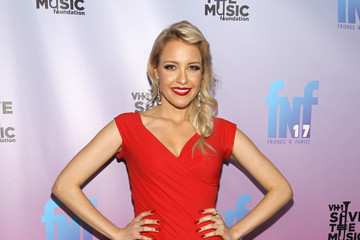 Eden Friends 'N' Family 17th Annual Pre-GRAMMY Party At Park Plaza Hotel - Red Carpet