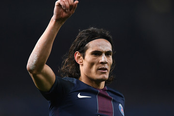 Edinson Cavani Arsenal FC v Paris Saint-Germain - UEFA Champions League