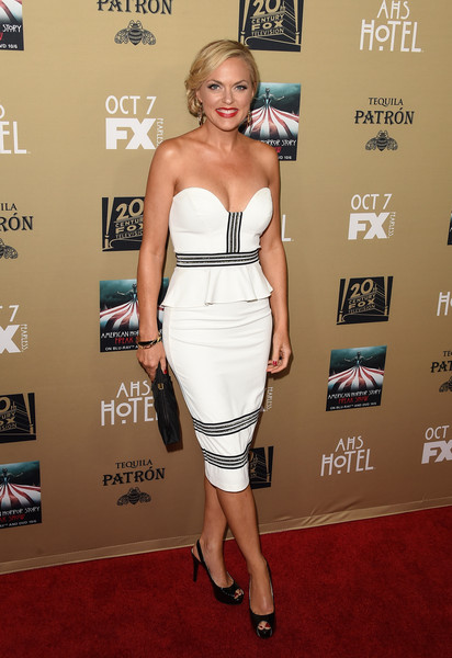 Actress Elaine Hendrix arrives at the Los Angeles Premiere