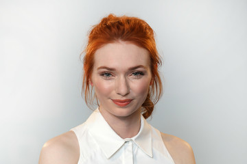 Eleanor Tomlinson BUILD LDN - Eleanor Tomlinson
