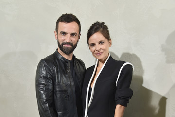 Elena Anaya Louis Vuitton : Front Row - Paris Fashion Week Womenswear Spring/Summer 2017