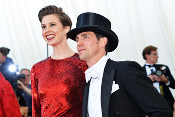 "Elettra Wiedemann ""Charles James: Beyond Fashion"" Costume Institute Gala - Candids"