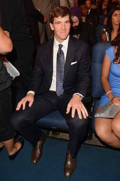 Eli+Manning+2012+ESPY+Awards+Backstage+Audience+svOZFYWmqj4l.jpg