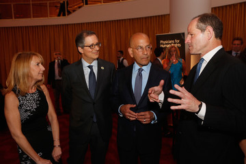 Eliot Spitzer 2016 Physicians For Human Rights Gala