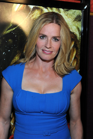 Elisabeth Shue Actress Arrives At The Premiere Of