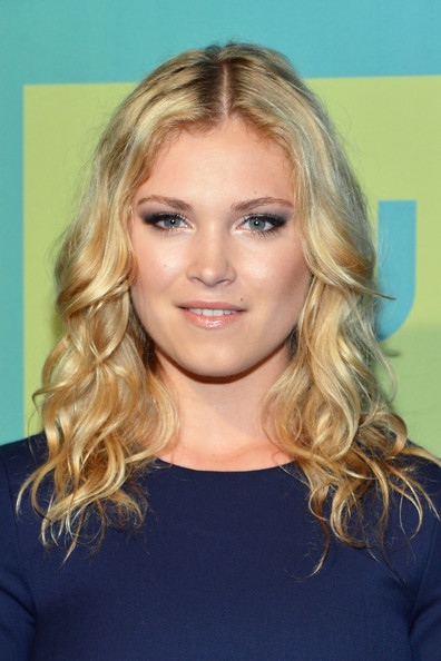 Eliza Taylor Pictures - The CW Network's Upfront